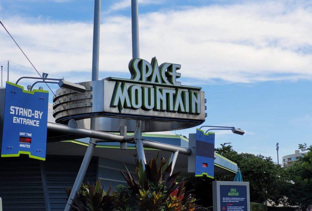 Space-Mountain-Disney World