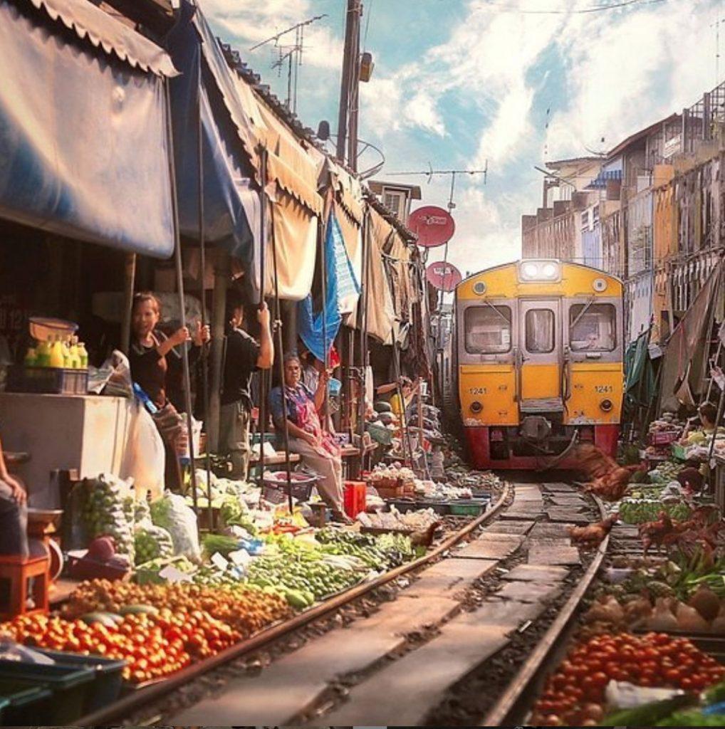 Thailand Train Market_edited