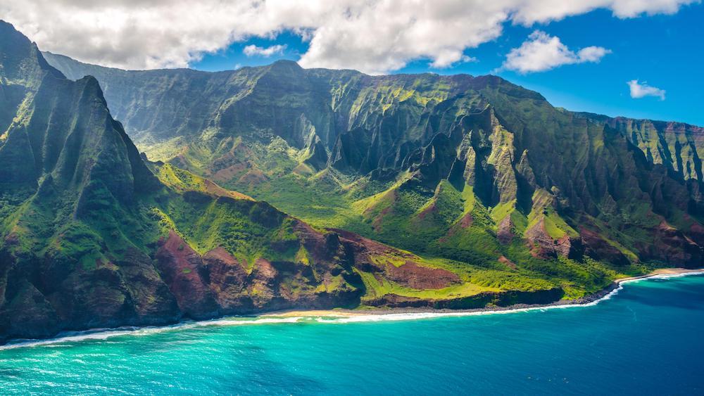 Hawaii Mandates Covid Passports to Visit Most Indoor Establishments